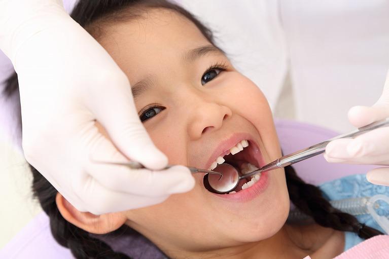 「歯医者は怖いところじゃない」とお子さまが思っていると、お母さまの負担も減ります