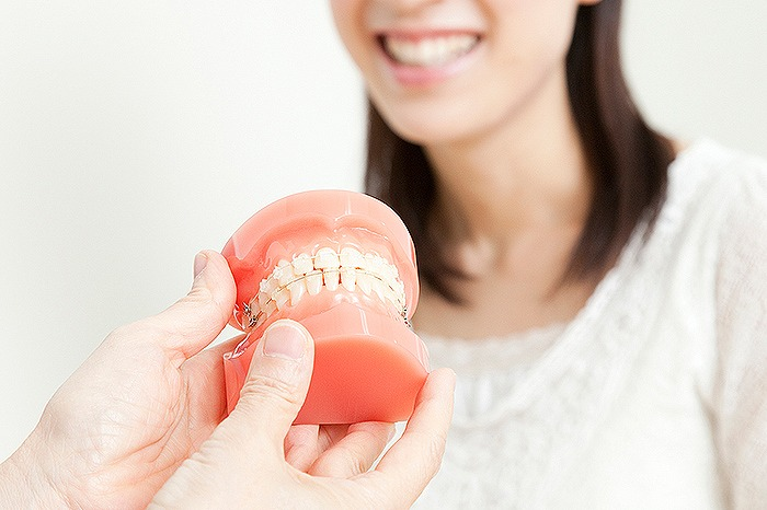 さまざまな歯並びの悪さを正していきます